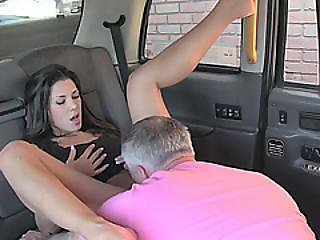 Fortunate Cabbie Get An Opportunity To Fuck His Sexy Exposed Client