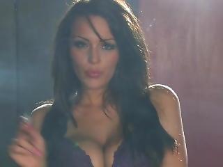 Jenna Hoskins - Smokes In Bra And Panties
