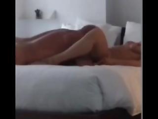 Patricia Gosselin Body Rub Avec Client 3