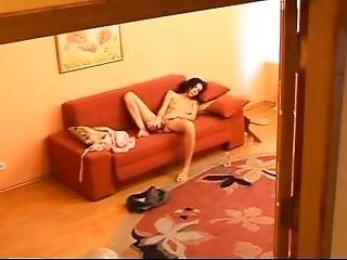 Pillada Jugando En El Sofa