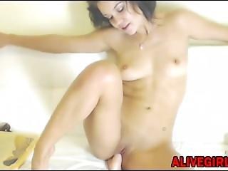 Amazing Littleruby Masturbates Her Tiny Pussy Alivegirl