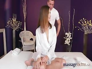 Massage Rooms Hot Brunette Rims Stud Before She Has Squirting Orgasm