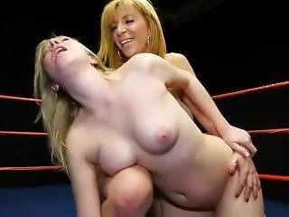 Blonde Wrestling