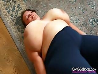 Viola Tittenfee On Back Jiggle Show