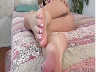 Jenna Sativa Beautiful And Sexy Feet