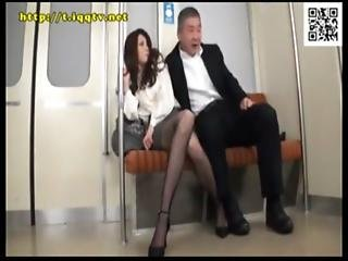 Sexy Chick Is Groped And Given A Facial On The Subway