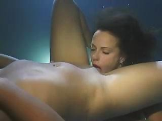 Lesbians Eating Pussy Underwater