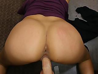 Hot And Sexy Jessi In A Wild Sex Session In The Office