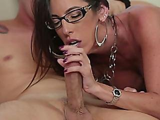 Horny Guy Fucks His Super Sexy Step Mother