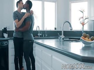 fekete szex a konyhában tini meztelenség képek