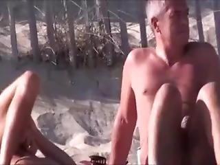 MILF pláž sex videa