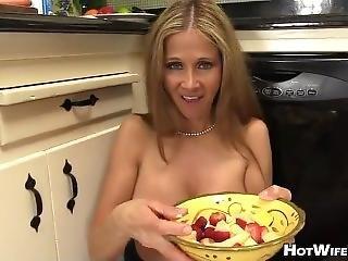 Hotwiferio Taboomommytalk 14