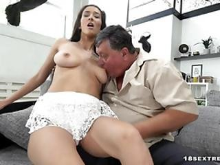 Darcia Lee Gets Screwed By A Horny Grandpa