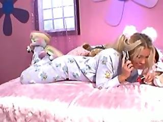 Schoolgirl Blonde Loves Sucking