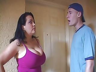 Housewife Gets So Naughty