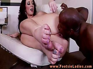 Footsieladieshdd1 Mainconcept Avc-aac Apple Ipad-iphone 4 720p30 Video 40