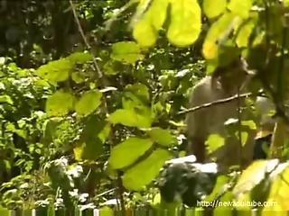 lesbisk sex i djungeln