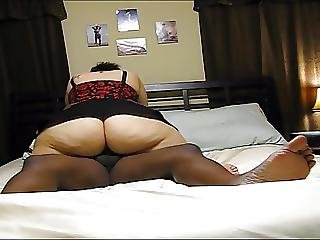 Mature S1ep1 Housewife With Big Ass Fucked In The Bedroom