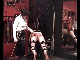 Caning, Femdom, χαστούκια, παλιό