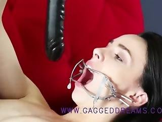 Gape A Young Girl Mouth To The Extreme Swallow