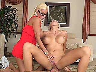 Busty Stepmom And Teen Threesome Action With Perert Bf