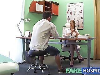 Amateur, Ejaculatie, Tsjechisch, Vies, Ziekenhuis, Medisch, Zuster, Sexy, Spugen