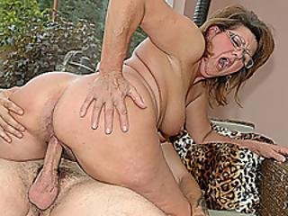 Milf and maturesex tube