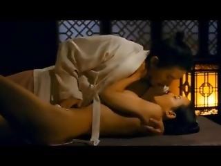 Hot Korean Sex Scene !