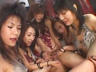 ruchanie, seks grupowy, japonka, seks grupowy kobiet, seks