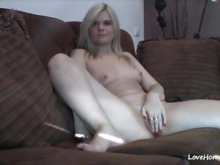 Cute Blonde Reveals Her Shaved Little Cunny