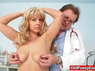 Blonde Cougar Cunny Gaping By Gyno Physician