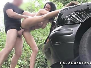 Oral Sex For Skinny Babe In Fake Taxi