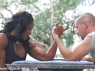 Leonie Rose Mixed Armwrestling