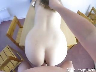 amateur, gros téton, poitrine généreuse, jeune à forte potrine, éjaculation, française, nique, hardcore, chaude, pov, baise sur table, Ados