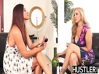 Amazing Julia Ann Pussy Played Roughly By Busty Dyke
