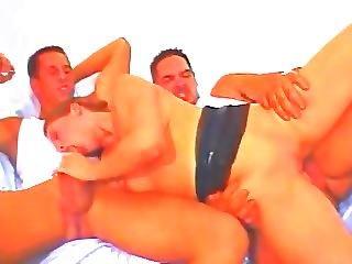 Quebecois Threesome