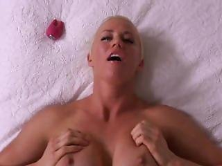 Short Hair Milf More At Webcamgirlfun.com