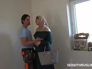 Muslim Cuckold Fucking
