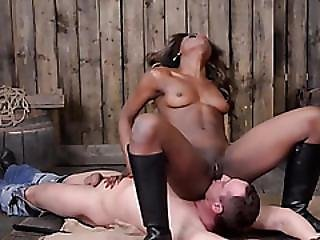 Vibrating And Pleasuring With Bdsm Toys