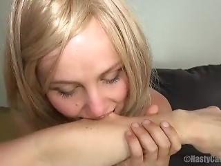 Sexy Biting Body