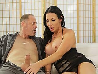 Horny Shemale Slut Marissa Loves Getting Her Anal Pounded