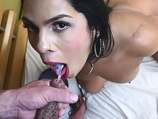sammensætning, sæd, sæd i mund, sædshot, latina, mundfuld, shemale, tgirl, transexuel