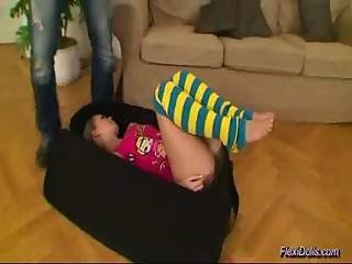 Flexible Doll Spreading Legs