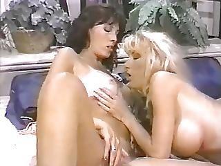 Bimbo, Blondi, Brunetti, Lesbo, Milf, Seksi, Lelut
