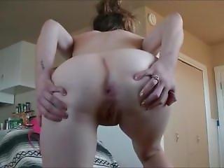 Girl Fart