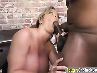 Amber Pleasing Black Stud In Prison With Cunt