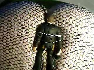 Alice Farting In Sexy Leggings