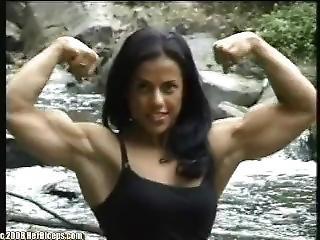 Mavi More Biceps