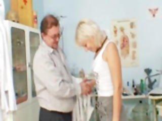 γιατρός, εξέταση, gyno, ώριμη, μουνί, κάτοπτρο