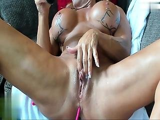 Muscular Mature Woman Masturbates And Pump Her Huge Clit 2